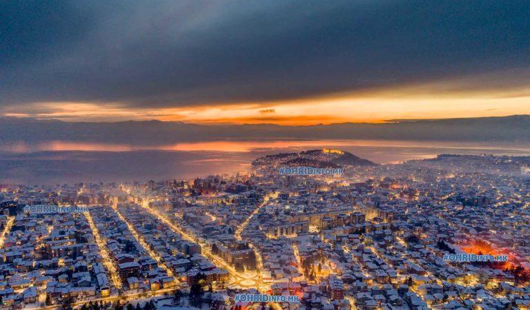 Уникатни фотографии од Дрон – Охрид снежно за Стара Нова година