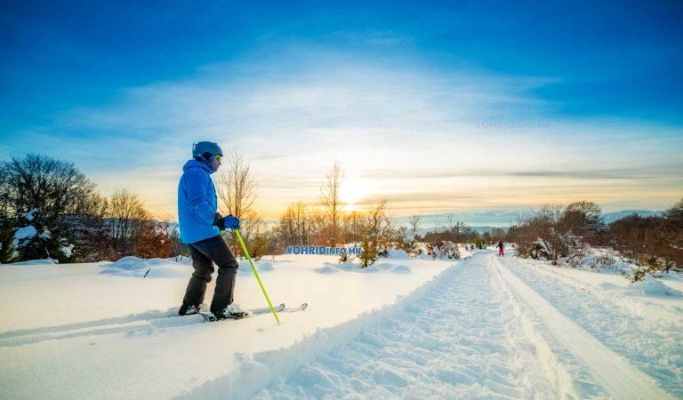 Фото: Единствените снежни авантури во околината на Охрид продолжуваат