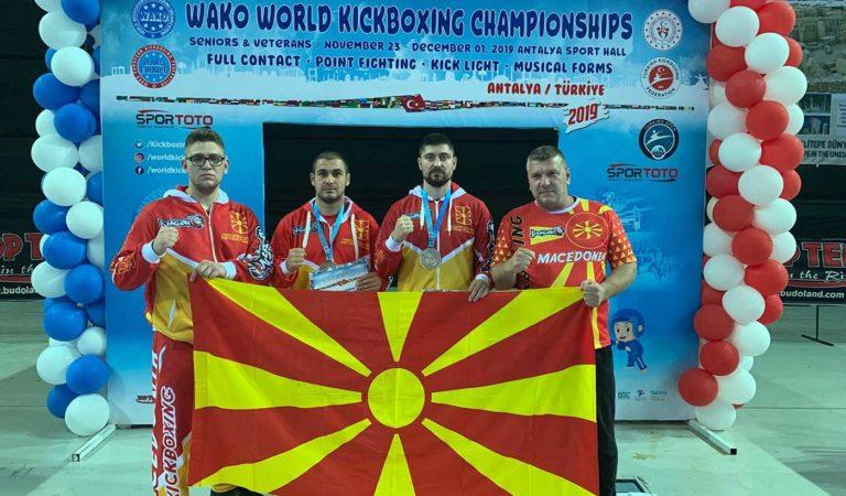 Охриѓанецот Климент Грозданоски го освои бронзениот медал на WAKO светското кикбокс првенство