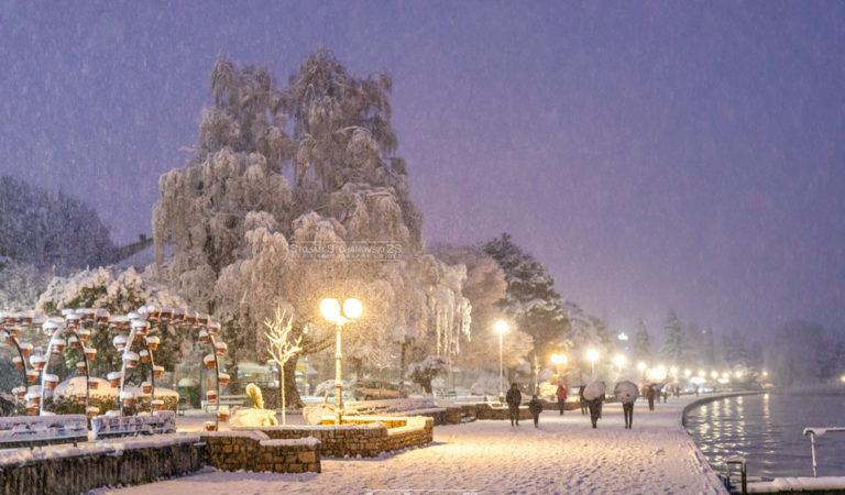 Фото: Прво Априлски снег во Охрид